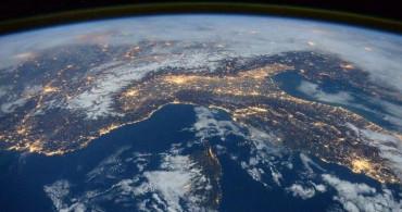 Bilim İnsanları Şokta, Dünya'nın Dönüş Hızı Sebepsiz Yere Yavaşladı!