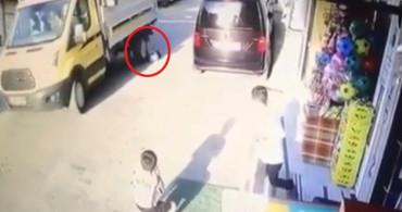 İzmir'de Kamyonet 5 Yaşındaki Çocuğu Ezdi