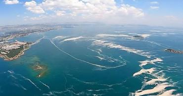 Karadeniz'den Gelen Akıntılar Marmara Denizi'ni Temizleyecek!