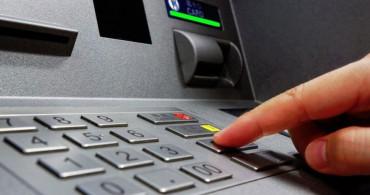Kırıkkale'de Dolandırıldığını ATM'de Anlayan Adam Hemen Polise Koştu