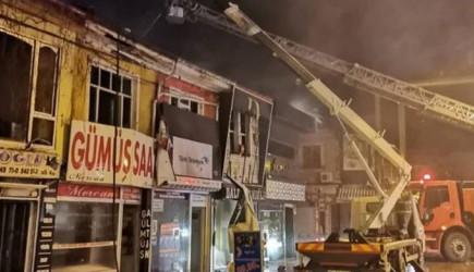 Afyonkarahisar'da yangın: 10 İş Yeri Zarar Gördü