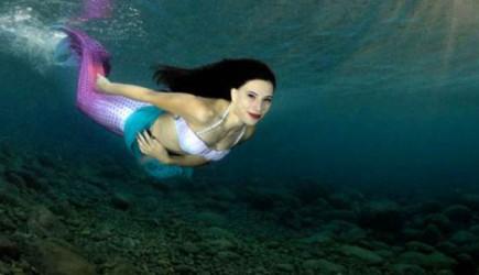 Akdeniz'in 'Deniz Kızı' Görenleri Hayran Bırakıyor