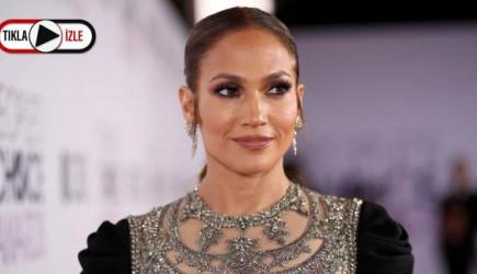 Amerikan Müzik Ödülleri'nde Sahne Alan Jennifer Lopez, İzleyiciyi Büyüledi