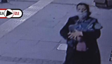 Bebeğini Sokakta Ölüme Bıraktı