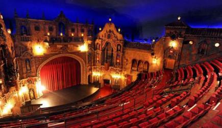 Devlet Tiyatroları, Sahnelerini Özel Tiyatrolara Açıyor