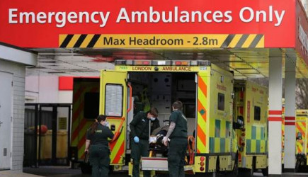 İngiltere'de Sağlık Sistemi Çöküyor