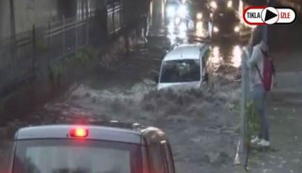 İstanbul'da Alt Geçidi Su Bastı