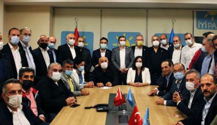 İYİ Parti'li Ümit Özdağ'ın Parti İçindeki FETÖ İddiası Üzerine İhracı İstendi