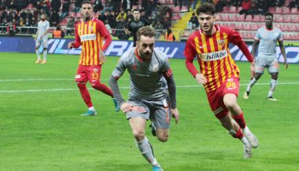 Kayserispor Başakşehir'i Konuk Ediyor