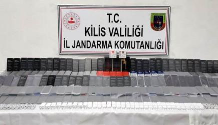 Kilis'te 720 bin TL Değerinde Kaçak Cep Telefonları Ele Geçirildi
