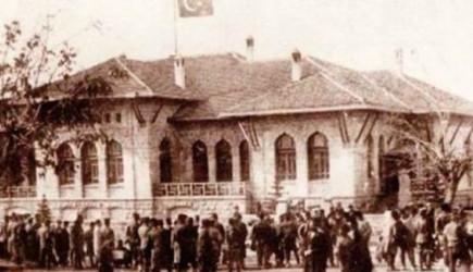 Meclis Arşivi'nden Cumhuriyet'in Kuruluş Belgeleri Çıkarıldı
