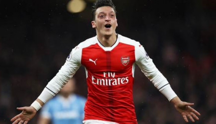 Mesut Özil MLS'e Transfer Oluyor