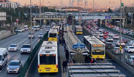 Metrobüslerin İsmi mi Değişiyor?