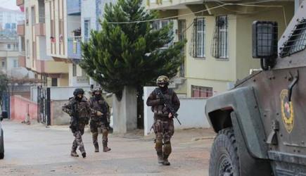 PKK'ya Büyük Operasyon! Yüzlerce Kişi Gözaltına Alındı