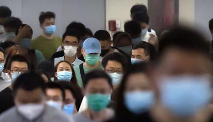 Sağlık Konferansı Veren Adam Virüs Saçtı
