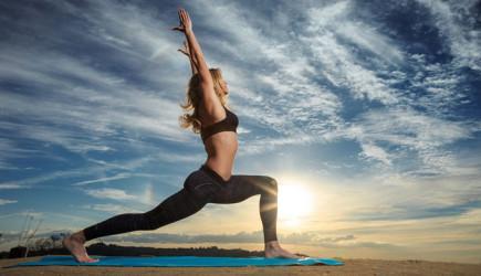 Şişkinliği Önlemek İçin 4 Yoga Hareketi