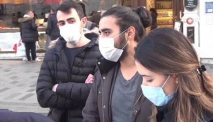 Taksim'de Maske Cezası Kesen Polise İşte Böyle Racon Kesti!
