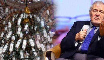 Tarihi Camideki Kötü Görüntü İlber Ortaylı'yı Kızdırdı