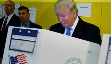 Trump Florida'da 24 Ekim Cumartesi Günü Erken Oy Kullanacak