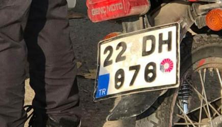 Türk Motosiklet Sürücüsü Radarı Atlatmanın Yolunu Buldu