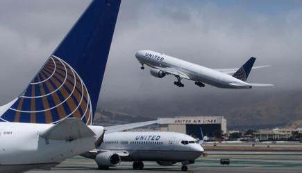 United Airlines Milyar Dolarlık Zarar Etti