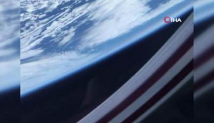 Uzaya Çıkan SpaceX Astronotu Dünya'nın Fotoğrafını Çekti