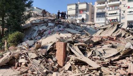 İzmir'deki Depremde Can Kaybı Artışı