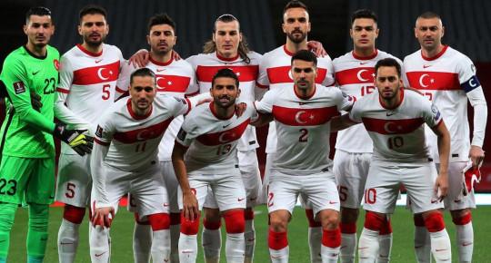 A Milli Takım'ın Futbolcusu Burak Yılmaz İçin Eski Fenerbahçeli Anelka İle Jerome Rothen ve Emmanuel Petit Tartıştı!