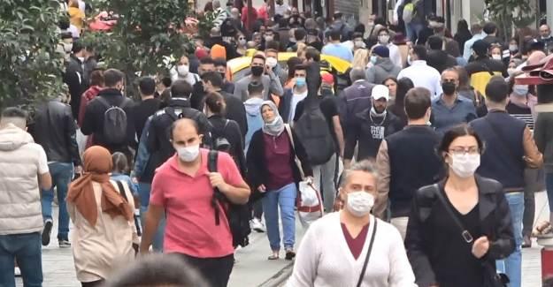 Bakan Koca İstanbul'da Birden Fazla Toplantıya Katıldı