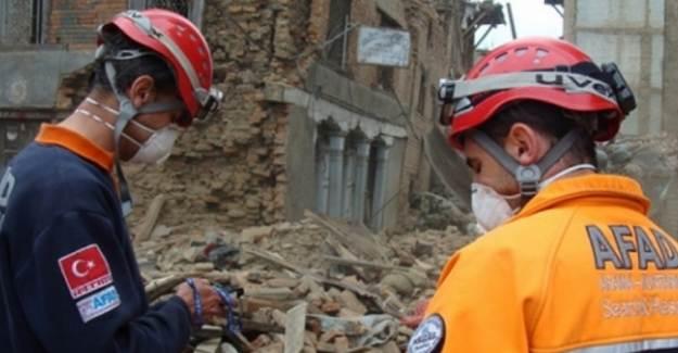 Bakanlıktan İzmir'e Acil Yardım Ödeneği