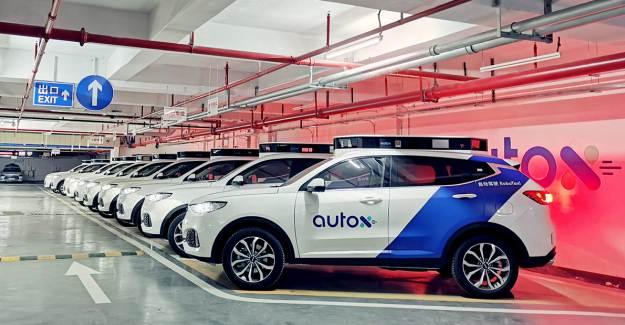 Çin'de Sürücüsüz Taksiler Tam Otonom Testlere Başladı
