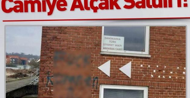 Danimarka'da Camiye Alçak Saldırı