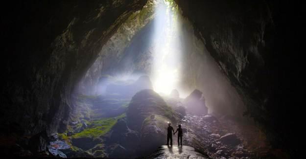 Dünyanın En Büyük Mağarası Gizemli Bir Cenneti Andırıyor!