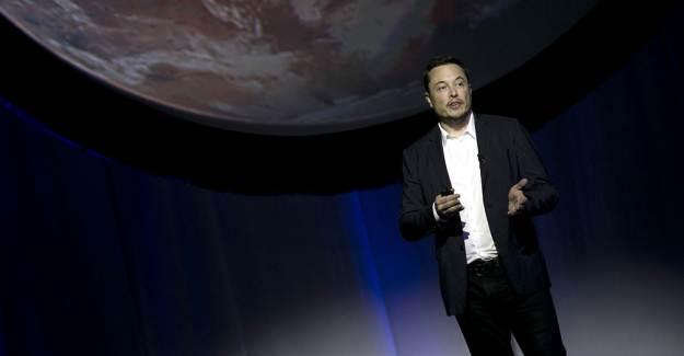Elon Musk: Dünya Yok Olmadan Mars'a Yerleşmeliyiz