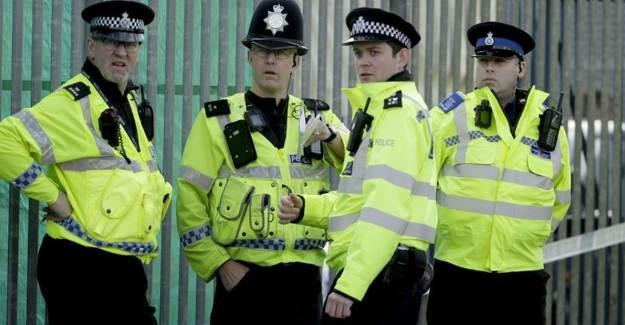 İngiltere'de Binlerce Suçlunun Kaydı Silindi