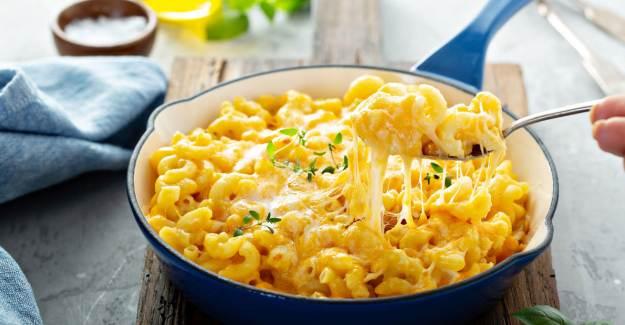 Mac & Cheese (Fırında Peynirli Makarna) Nasıl Yapılır? Mac & Cheese Tarifi