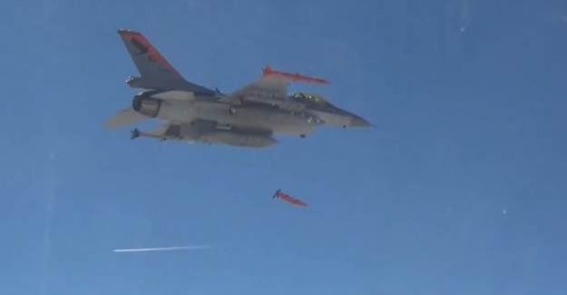 Minyatür Bomba Projesi Kapsamında Taarruz Test Atışı Başarılı Oldu
