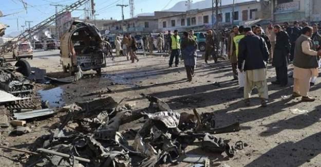 Pakistan'da Okulda Patlama: 7 Ölü