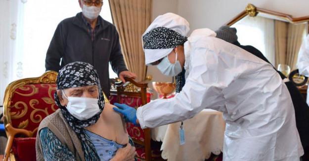 Sağlık Bakanı Koca: 'Büyüklerimizi Korumak Sorumluluğumuz'