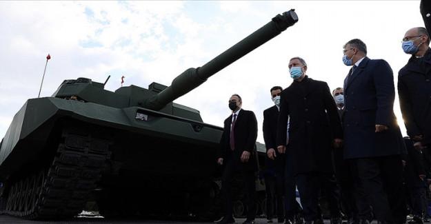 Yeni Nesil 3 Fırtına obüsü TSK'ya Teslim Edildi