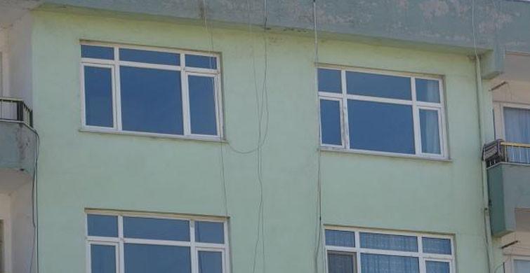 1 Yaşındaki Küçük Bebek Pencereden Aşağı Düştü
