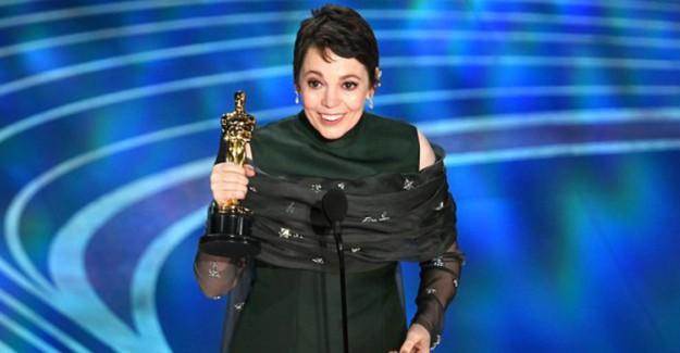 2019 Oscar Ödülleri Töreni'nde, En İyi Kadın Oyuncu Ödülü'nü Olivia Colman Aldı