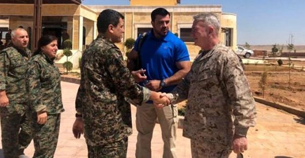ABD Merkez Kuvvetler Komutanı General Kenneth McKenzie, YPG Elebaşı ile Görüştü