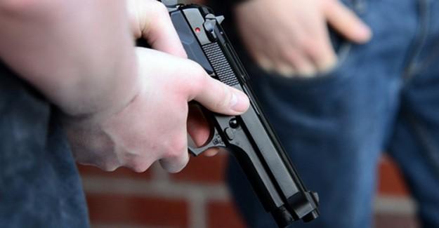 ABD'de Gece Kulübüne Saldırı Sonucunda 2 Kişi Öldü 8 Kişi Yaralandı
