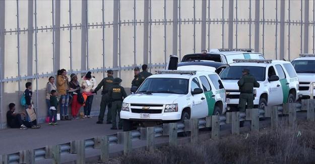 ABD'de Gözaltına Alınan 300 Göçmen Serbest Bırakıldı