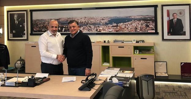 Adana Demirspor'da Yılmaz Vural Dönemi!