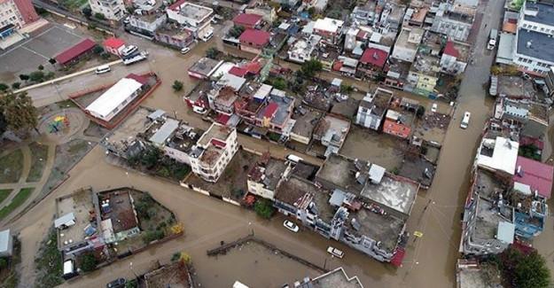 Adana Felaketi İçin Yardımlar Başladı