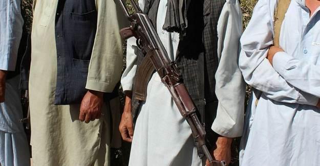 Afganistan'da Taliban ile Çatışma: 6 Polis Öldü