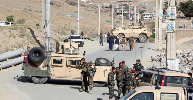 Afganistan'da Taliban Saldırısı: 21 Ölü!