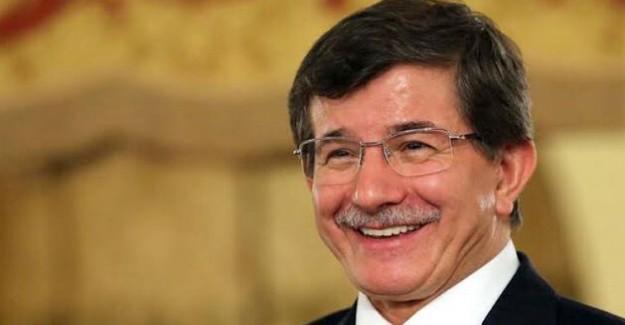 Ahmet Davutoğlu'nun Danışmanı Osman Sert'in Paylaşımı, Yeni Parti İddialarını Güçlendirdi